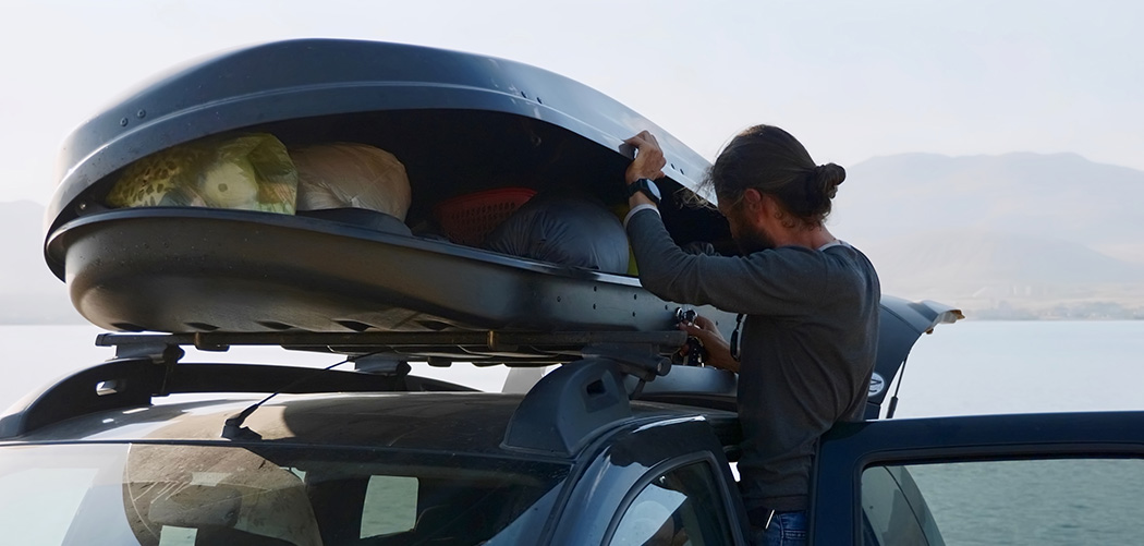 Nine Hacks to Ensure That Your Roof Box Is Packed Safely