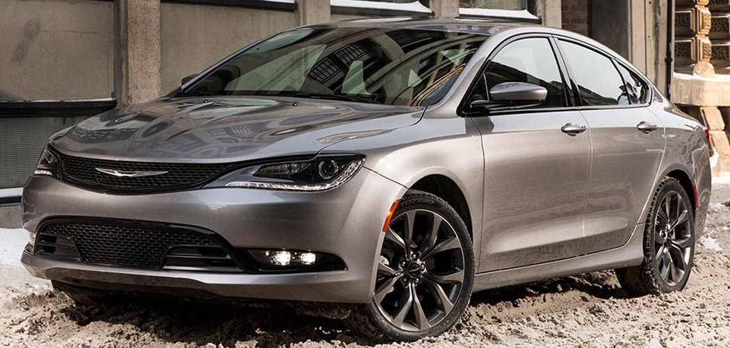Chrysler 200 Roof Box Featured