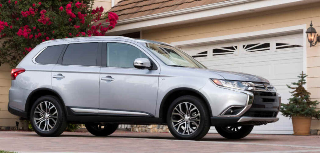 Mitsubishi Outlander Buyers Guide Featured