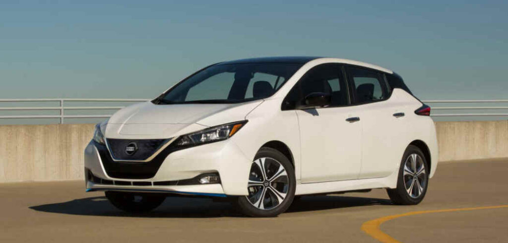 Nissan Leaf Roof Box Buyers Guide Featured
