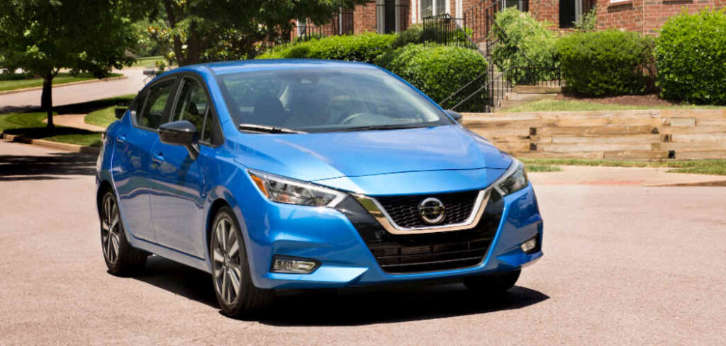 Nissan Versa Roof Box Buyers Guide Featured